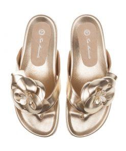 Sandalias planas doradas | Toñi Mediavilla