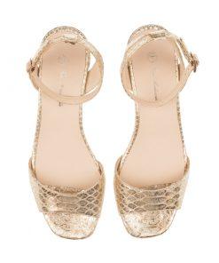 Sandalias de piel doradas | Toñi Mediavilla