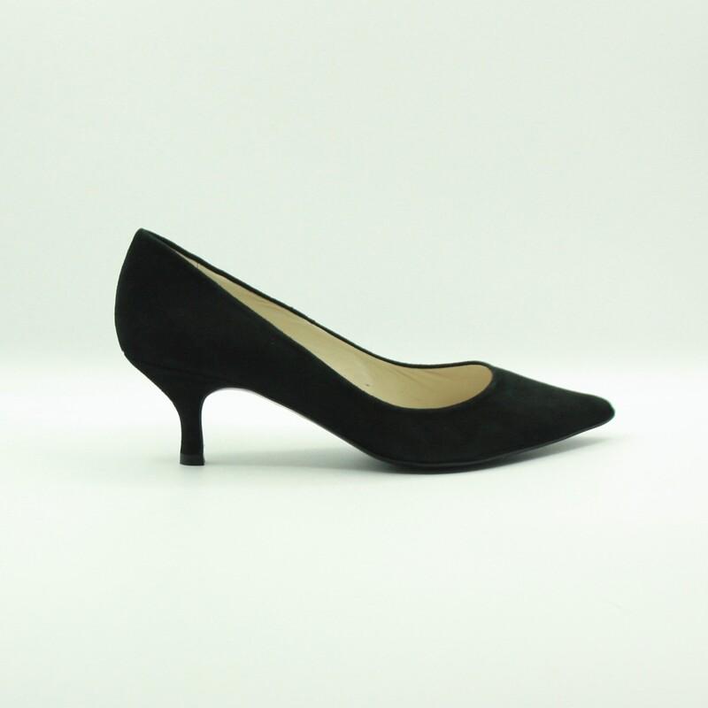 Stilettos de piel de ante negro | Toñi Mediavilla