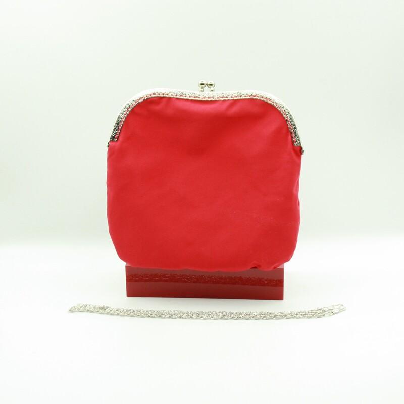Manton y bolso hecho a mano Toñi Mediavilla